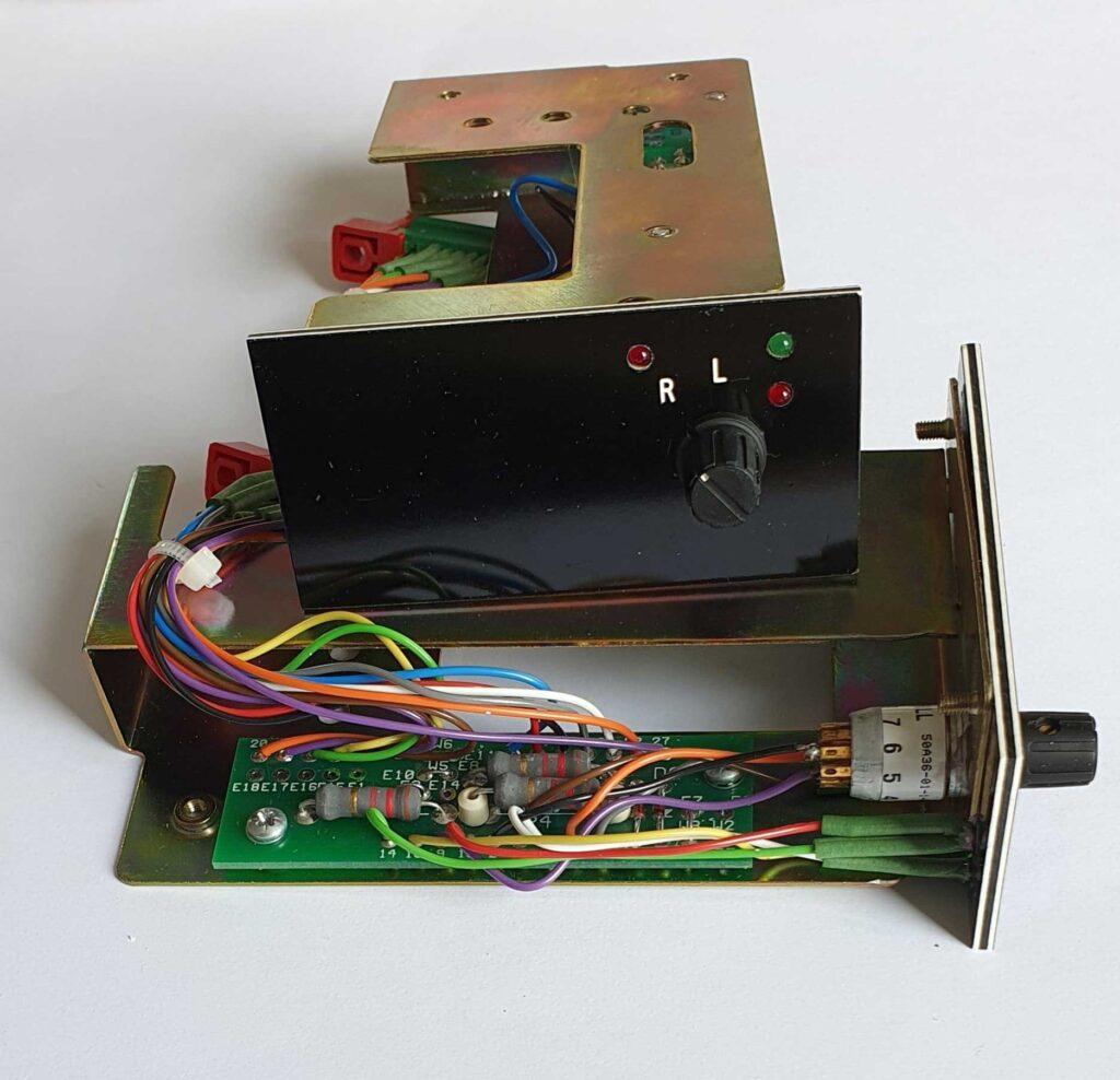 7510E29G02-am-unit-wr1-transformer